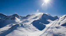 Ski in January and enjoy the best prices and the best snow